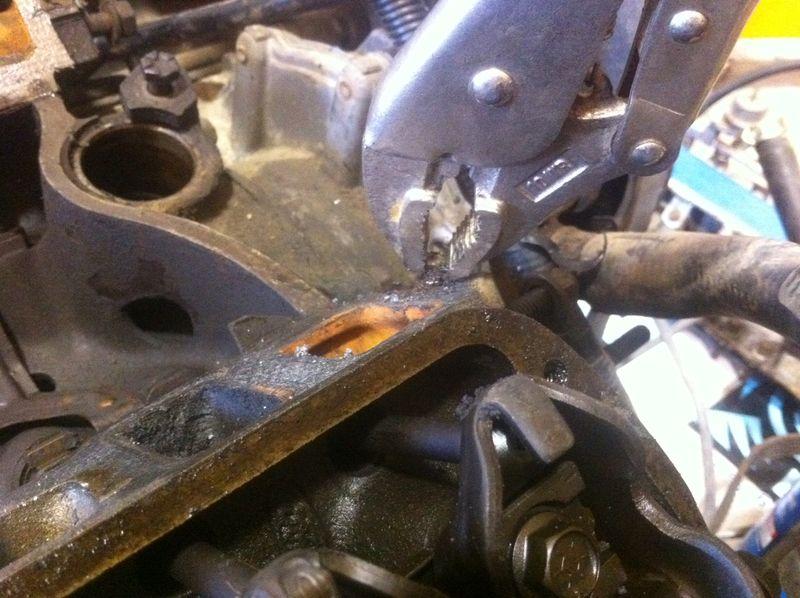 Intake bolt sanpped in block